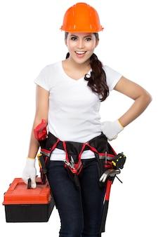 Vrouwelijke bouwvakker klaar om te werken