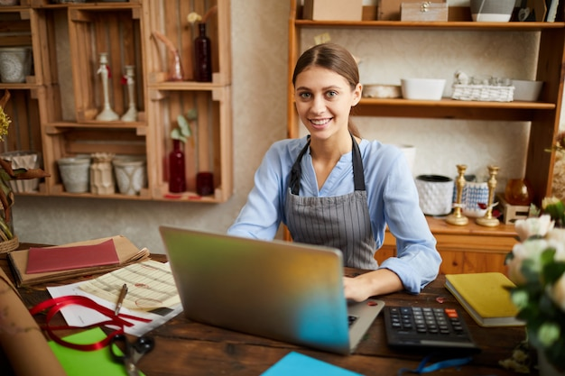 Vrouwelijke kleine ondernemer