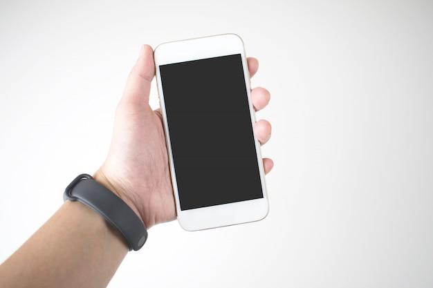 Vrouwen die mobiele telefoons dragen met digitale slimme horloges.