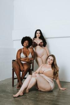 Vrouwen met zelfvertrouwen en lichaamspositiviteit