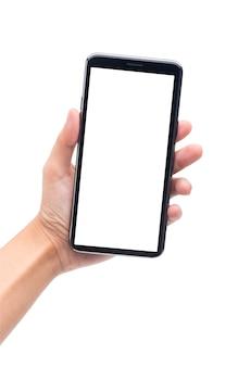 Vrouwenhand die zwarte smartphone met het lege die scherm houden op witte achtergrond wordt geïsoleerd