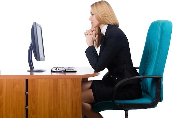 Vrouwenonderneemster werken geïsoleerd op wit