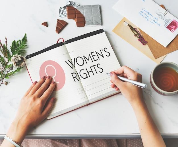 Vrouwenrechten vrouwelijk meisje mevrouw moeder vrouw concept