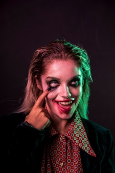 Vrouwensamenstelling als clownportret
