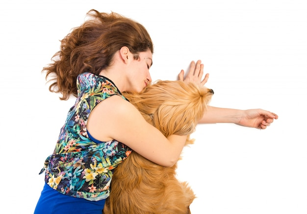 Vrouwenslaap met haar hond