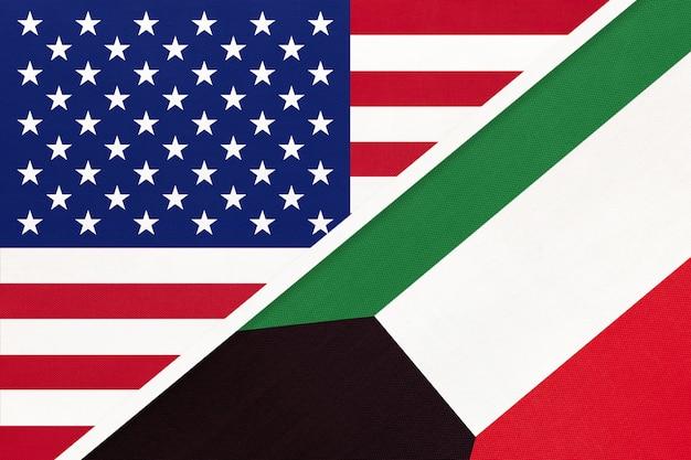 Vs versus koeweit nationale vlag van textiel. relatie tussen twee amerikaanse en aziatische landen.