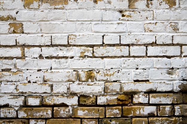 Vuile bakstenen muur