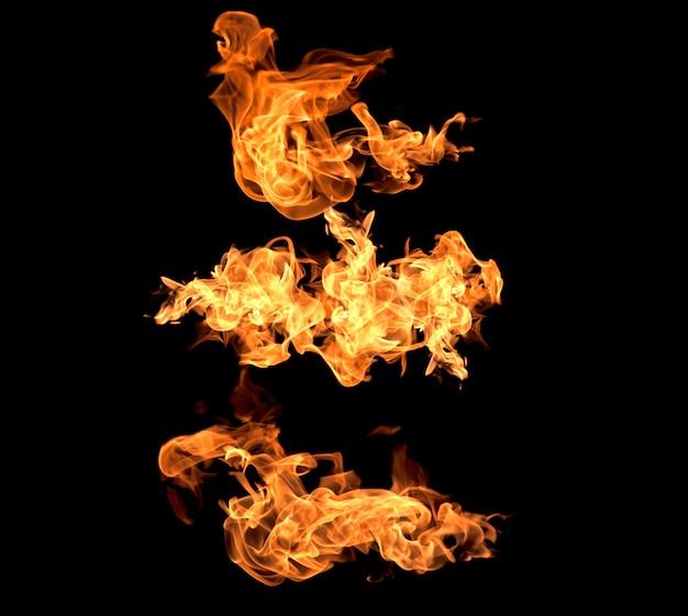 Vuur vlammen op een zwarte achtergrond