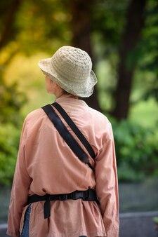 Wandelen in het park voor een goede gezondheid