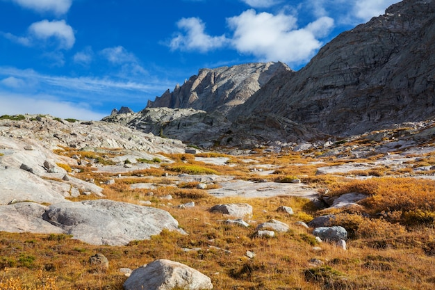 Wandeling in wind river range in wyoming, vs.