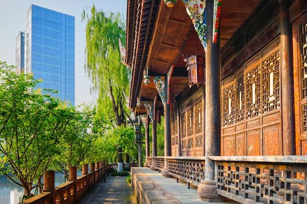 Wangjiang-paviljoen in wangjianglou-park. chengdu, sichuan, china