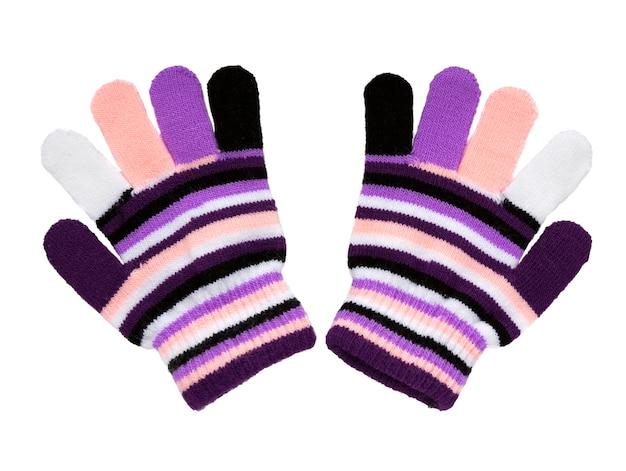 Wanten gebreid. warme wollen gebreide handschoenen geïsoleerd op een witte achtergrond. wanten met gekleurde strepen.