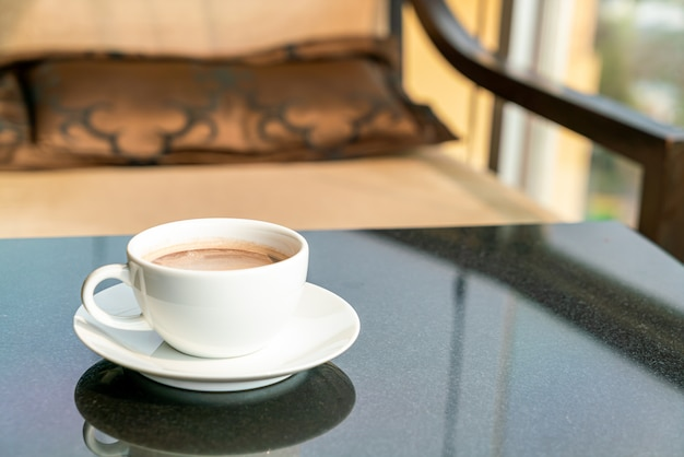 Warme chocolademelk of cacaobeker
