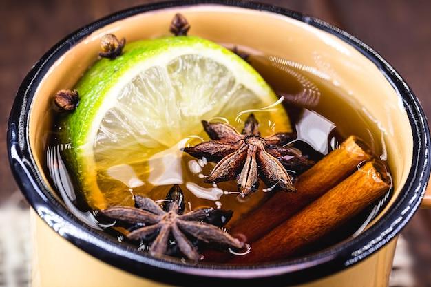 Warme drank uit brazilië, genaamd