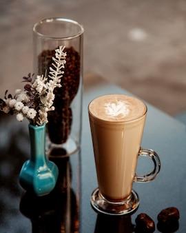 Warme kop warme chocolademelk