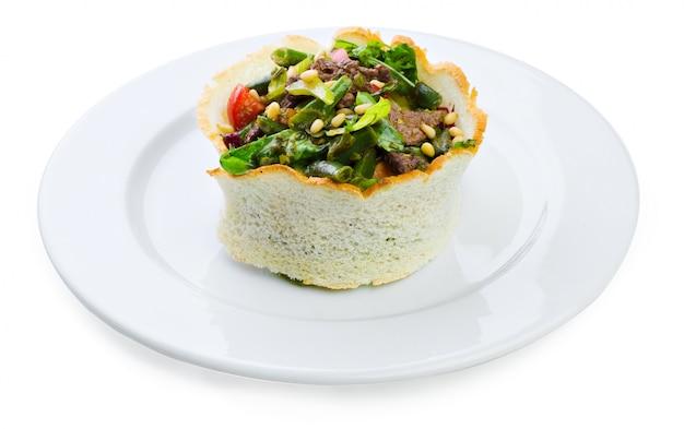 Warme salade met kalfsvlees