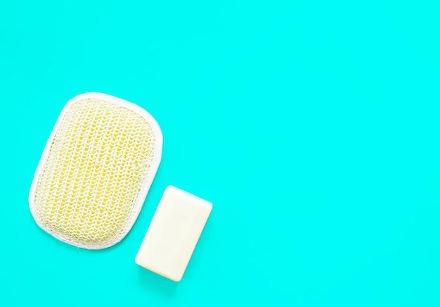 Washandje en natuurlijke handgemaakte zeep