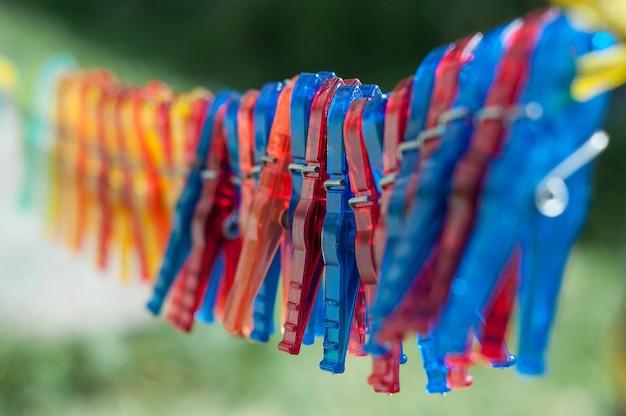 Wasknijpers opknoping van een touw