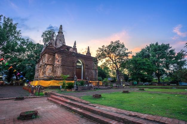 Wat chet yot, zeven pagodetempel het is een belangrijke toeristische attractie in chiang mai, thailand