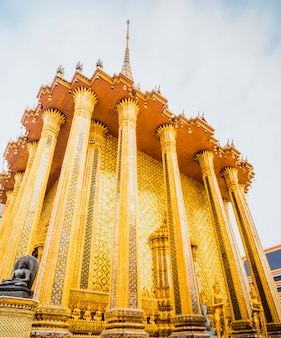 Wat phra kaew-oriëntatiepunt van bangkok thailand