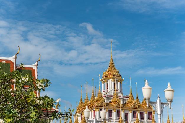 Wat ratchanatdaram en loha prasat (ijzeren kasteel)