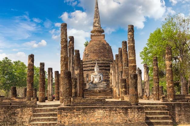 Wat sa si-tempel in het historische park van sukhothai, thailand