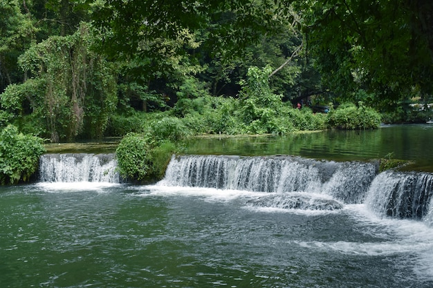 Water fall, amazing travel en populair gezichtspunt