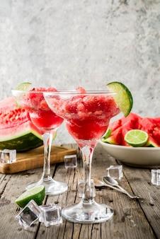 Watermeloen en limoen granita