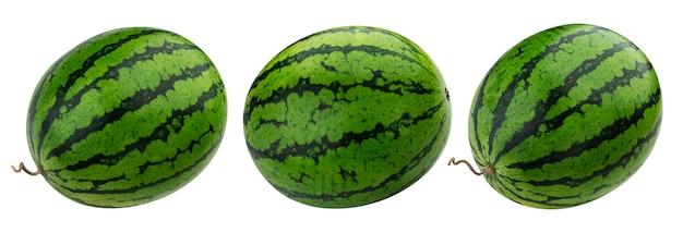 Watermeloen op wit met het knippen van weg wordt geïsoleerd die