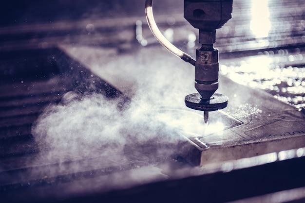 Waterstraal snijder machine snijden stalen plaat