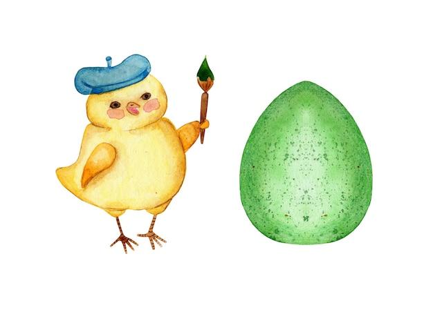 Waterverfillustratie van een kleine gele kip in een baret schildert een ei groen voor de vakantie