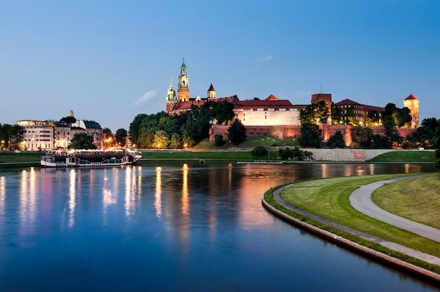 Wawel-heuvel bij nacht