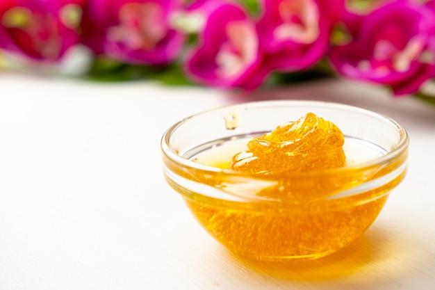 Wax honing en bloemen