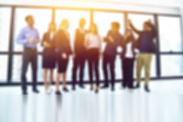Wazig onderwerp zakelijke team staande groep teamwerk succes bedrijfsconcept