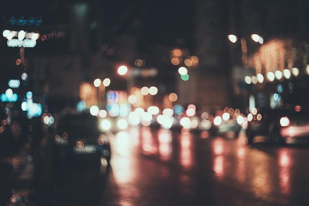 Wazig stad 's nachts. bokeh