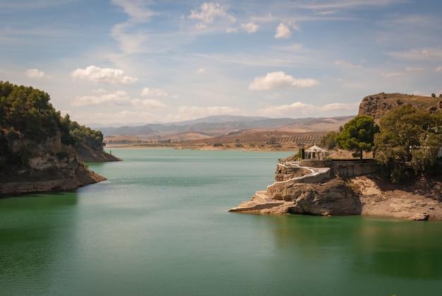 Weergave van de dam van de graaf van guadalhorce
