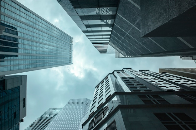 Weergave van moderne zakelijke wolkenkrabbers glas en lucht bekijken landschap van commercieel gebouw