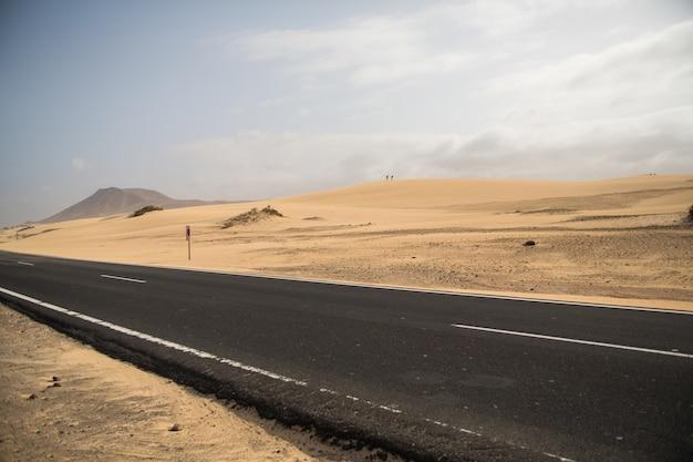 Weg in corralejo, spanje, eiland fuerteventura