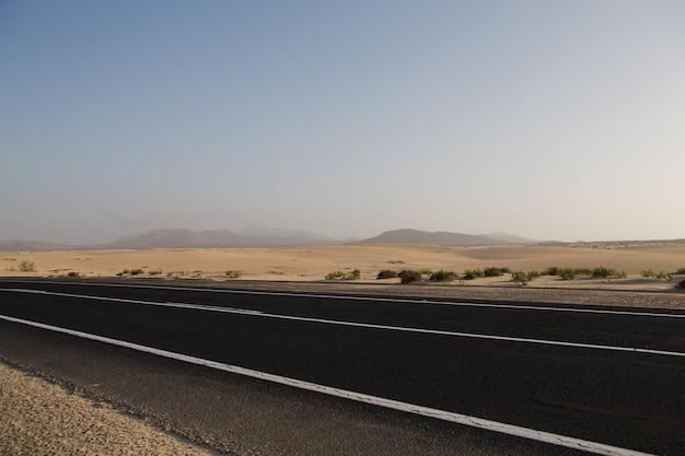 Weg in corralejo spanje eiland fuerteventura