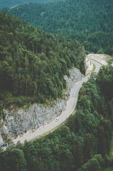 Weg in oostenrijkse alpen