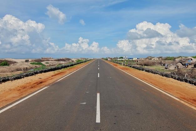 Weg naar het einde van de wereld dhanushkodi dorp rameshwaram india