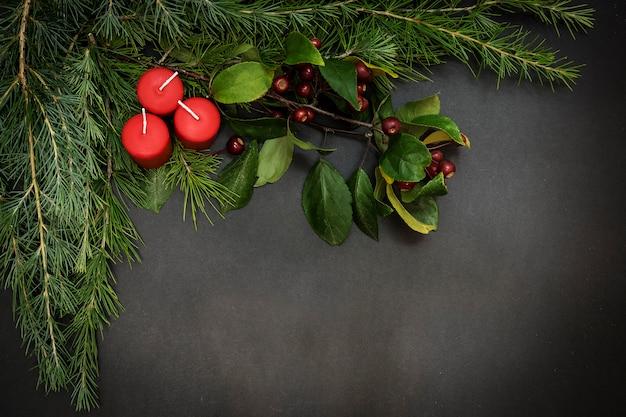 Wenskaart met vrolijke kerstmis van de decoratiepartij en gelukkig nieuw ja