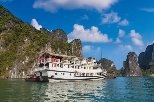 Wereld natuurlijk erfgoed halong bay, vietnam