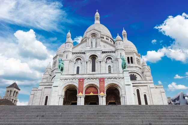 Wereldberoemde sacre coeur-kerk, parijs, frankrijk