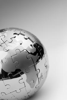 Wereldwijde strategie & oplossing bedrijfsconcept, puzzel