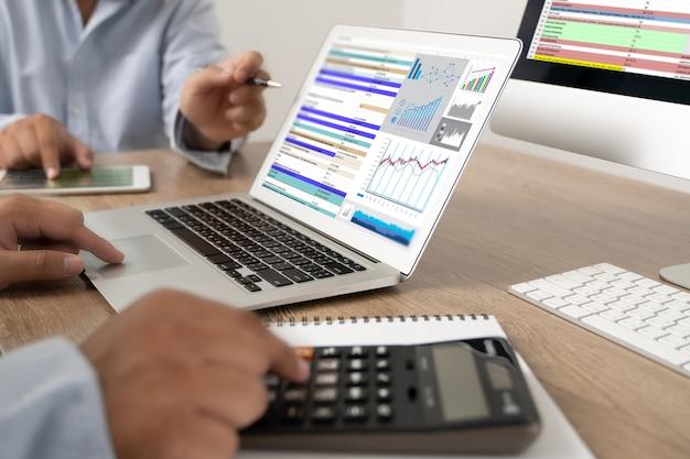 Werk hard data-analyse statistieken informatie bedrijfstechnologie