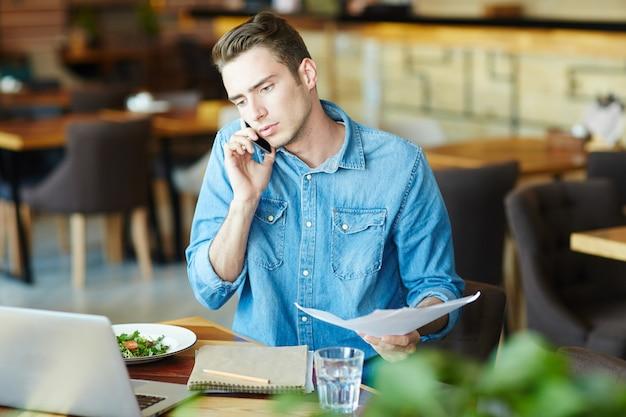 Werken tegen de lunch