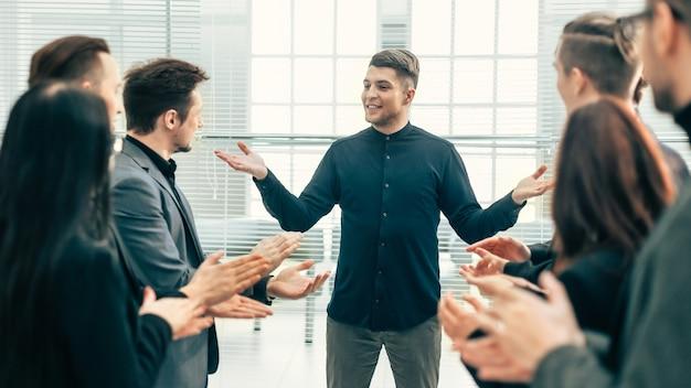 Werkgroep feliciteerde de beste medewerkers met het succes