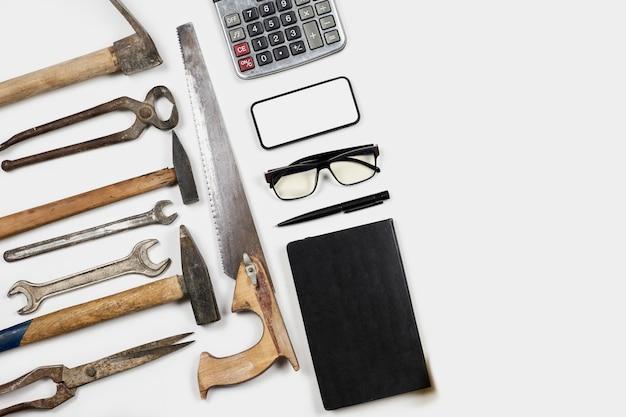 Werkhulpmiddelen en kantoorbenodigdheden