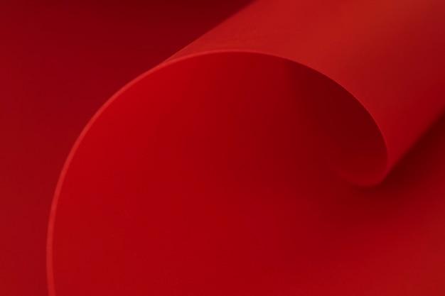 Werveling van elegante rode papier kopie ruimte oppervlak